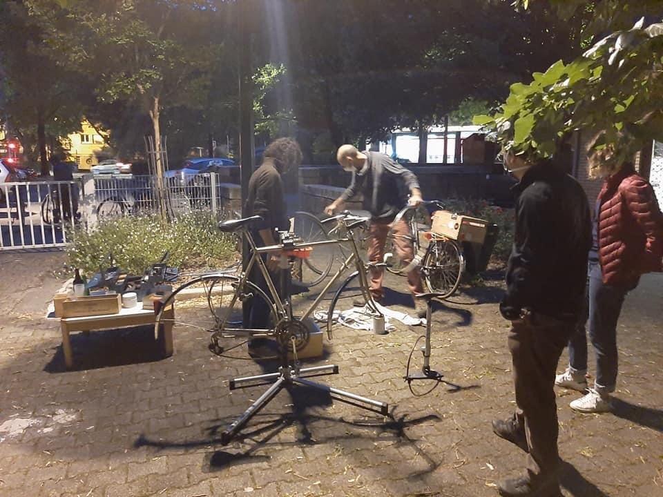 En mars, retour de l'atelier vélo à l'extérieur !